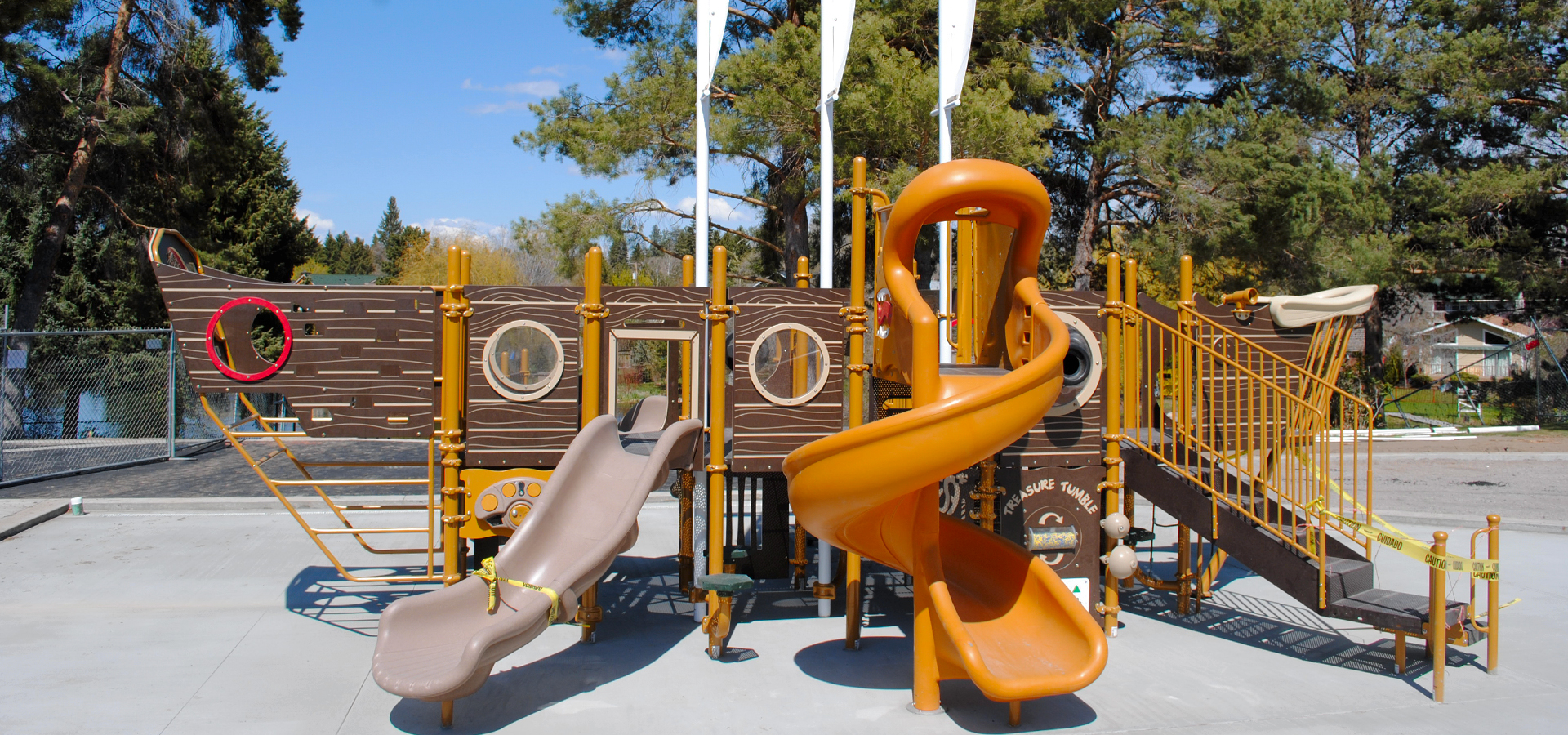 Columbia-Park-Playground-in-Bend