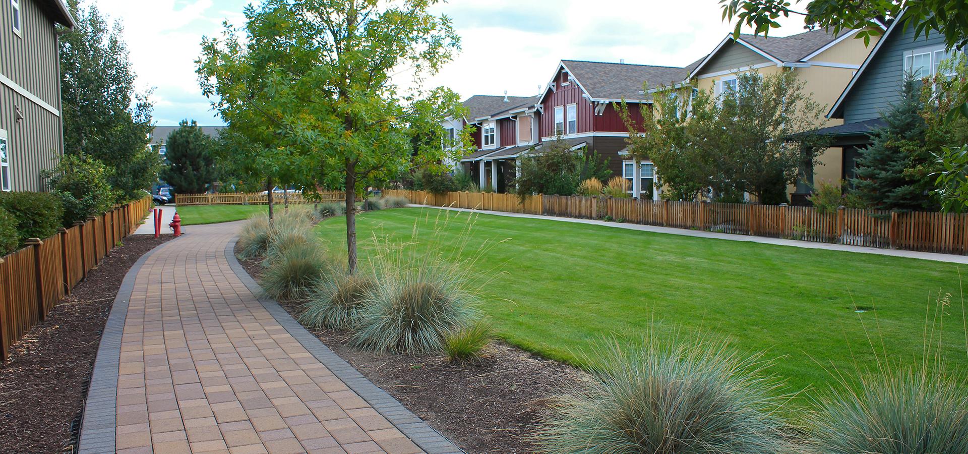 Gardenside-Park-Lawn-Area