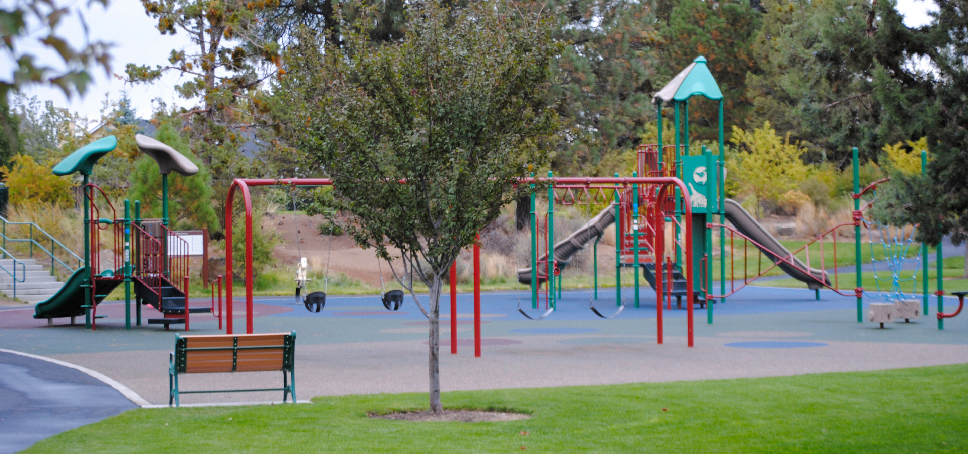 Harvest-Park-Playground-in-Bend