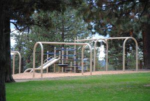 Hillside-Park-playground