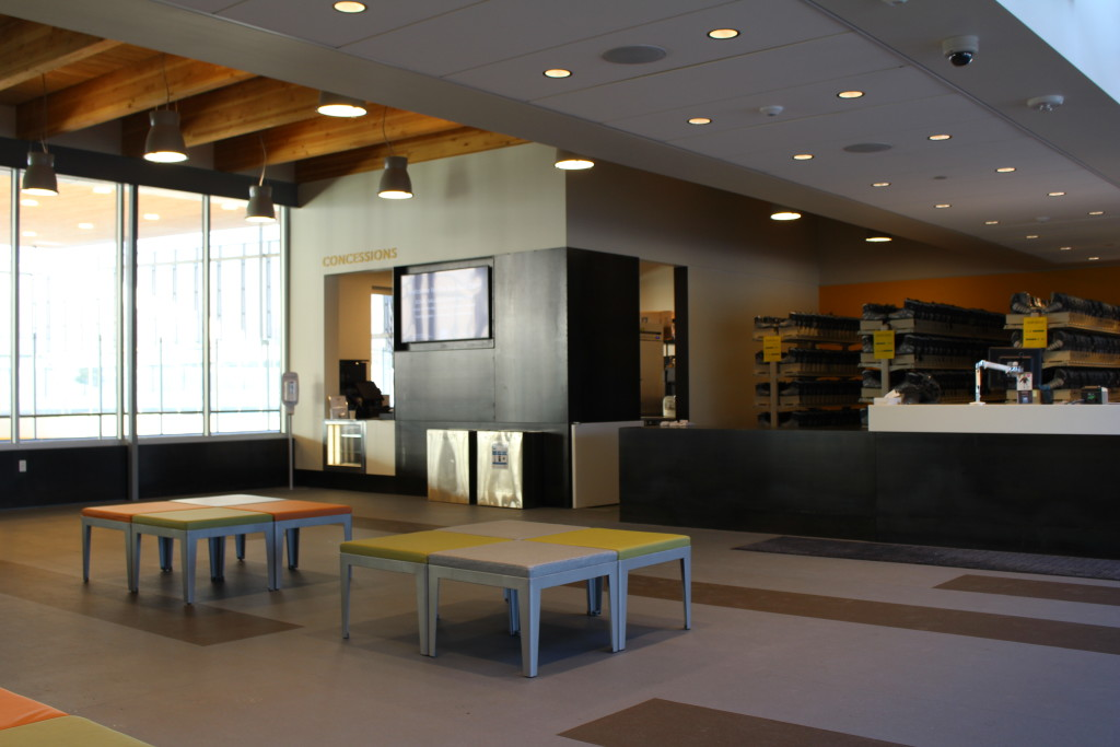 the pavilion in bend - interior lobby / concessions