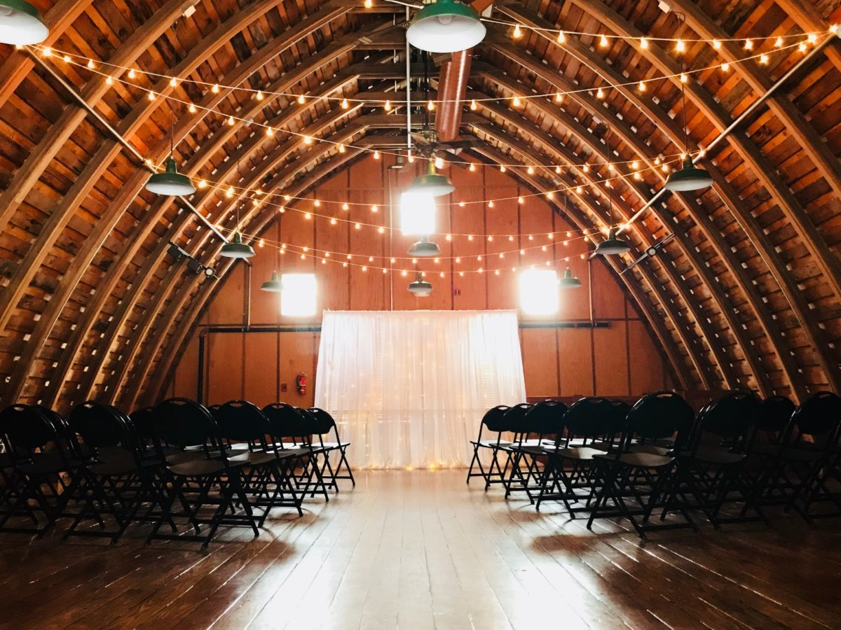 Hollinshead-Barn-Wedding-Rental-3-Illuminate-Your-Night