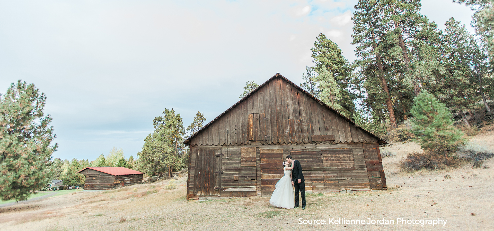 Hollinshead-Barn-Wedding-Rental-Kellianne-Jordan-Photography