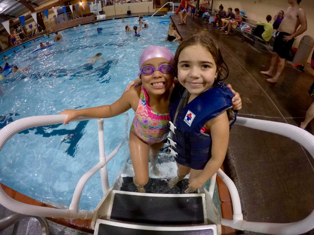 First friday splash fun bend park and recreation district for Juniper swim and fitness pool schedule