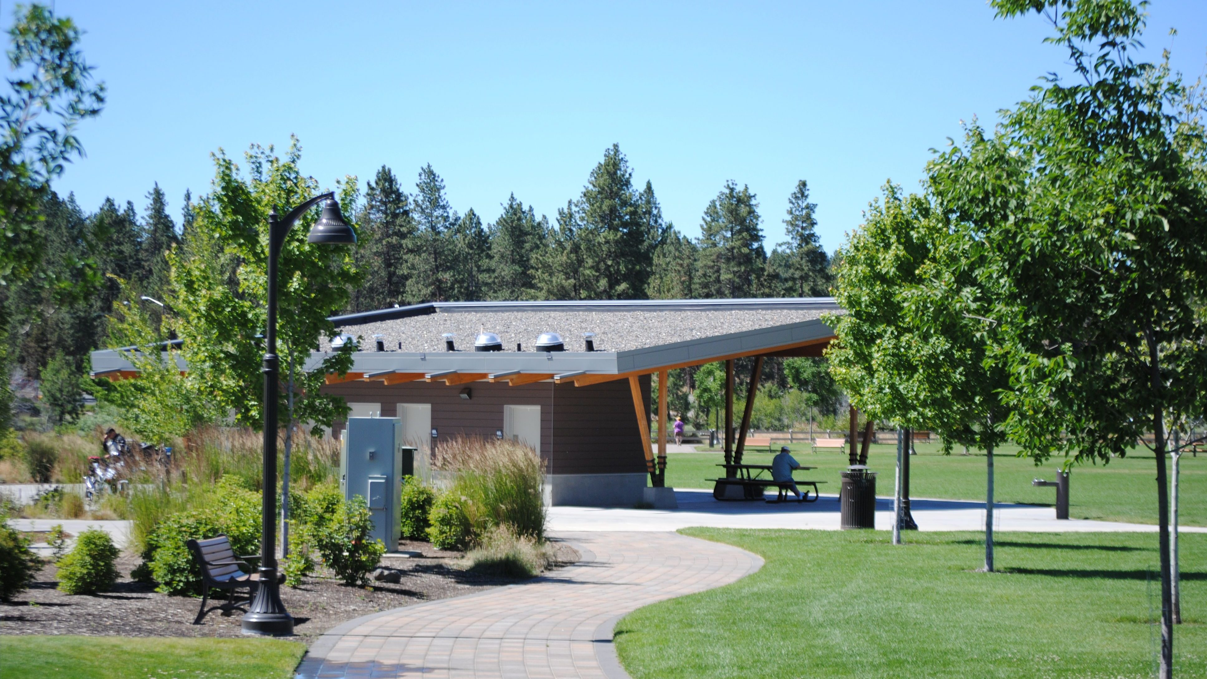 Image of the Riverbend Park Picnic Shelter