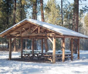 Picnic shelter at Aspen Meadow in Shevlin Park